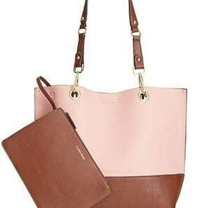 CALVIN KLEIN REVERSIBLE AND BEUTIFUL BAG